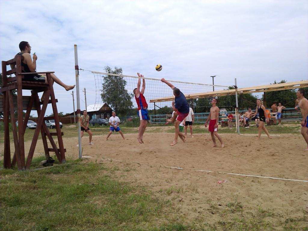 Пляжный волейбол, турнир в Скалвке (Колос против Лесфорта)
