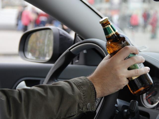 пьяный за рулём, пиво, авто