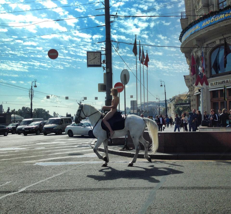 актриса Александра Бортич, уроженка белорусского Светлогорска, Москва, лошадь  6