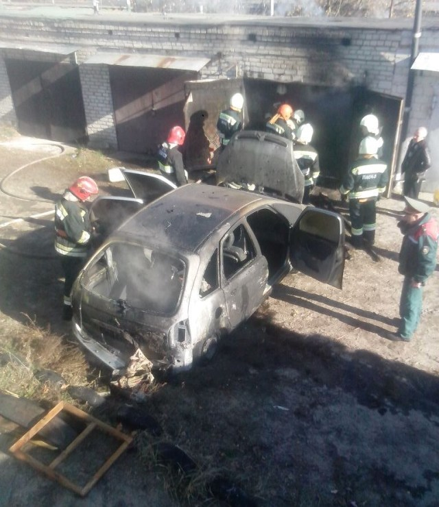 2014.10.25 Сгорел автомобиль в гаражном обществе металлист