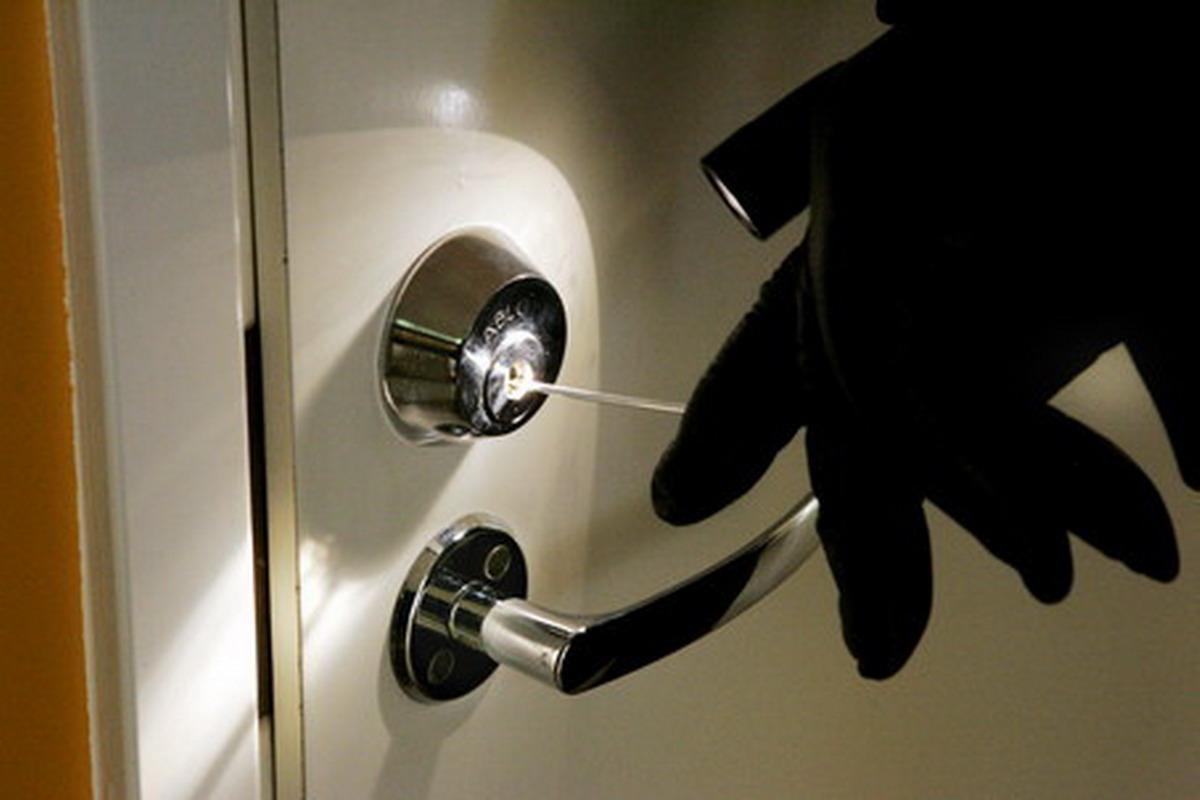 кража, криминал, перчатки, замок, дверь