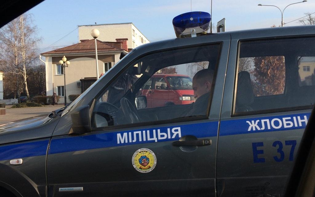 Путин в Жлобине, милиция, автомобиль нива