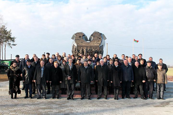 занятие слушателей Академии управления, Горбачев, мемориал Багратион.