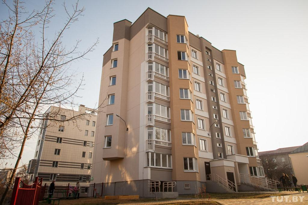Дом для многодетных семей в Минске 2014.11.06