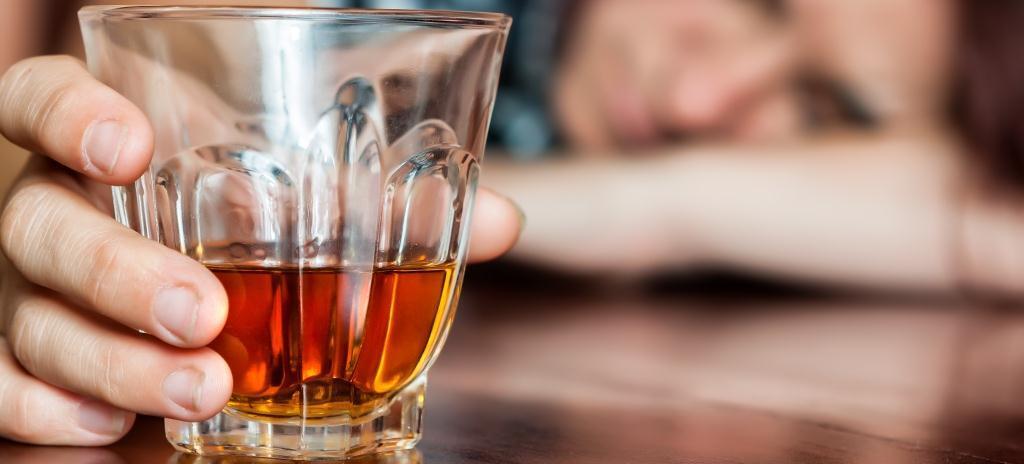 алкоголь человек