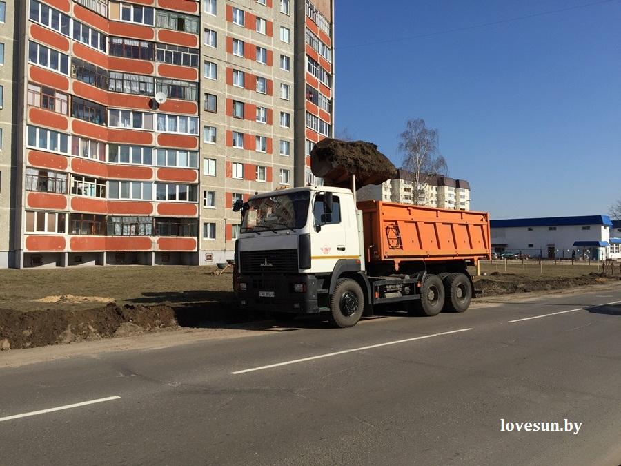 строительство остановки на шестом мкрн, 10.03.2015 грузовой автомобиль маз