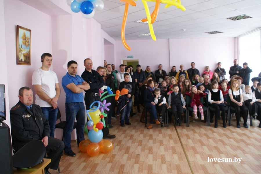 2014.04.04 благотворительная акция светлогорского автоканала , люди