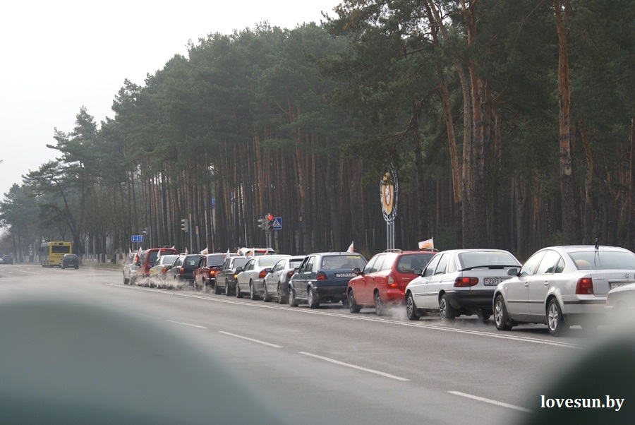 2014.04.04 благотворительная акция светлогорского автоканала , колонна