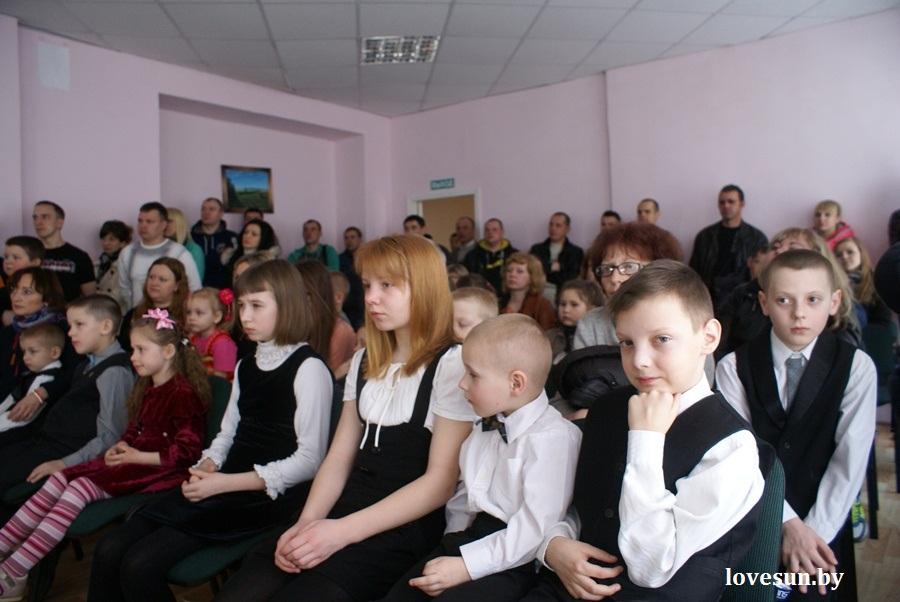 2014.04.04 благотворительная акция светлогорского автоканала , дети