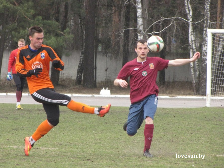 Химик-Слуцк, футбол 4 апреля 2015, бумажник 5