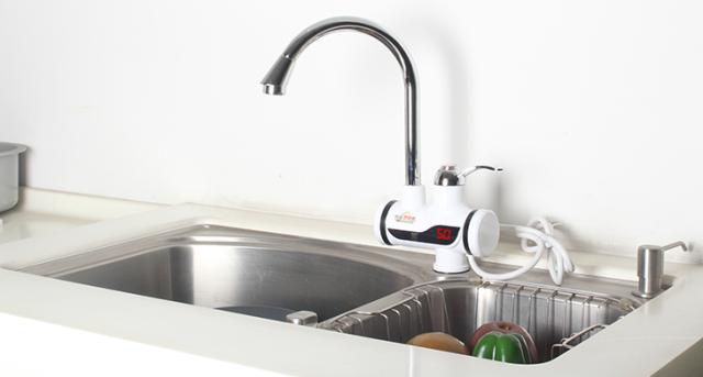смеситель кран вода кухня