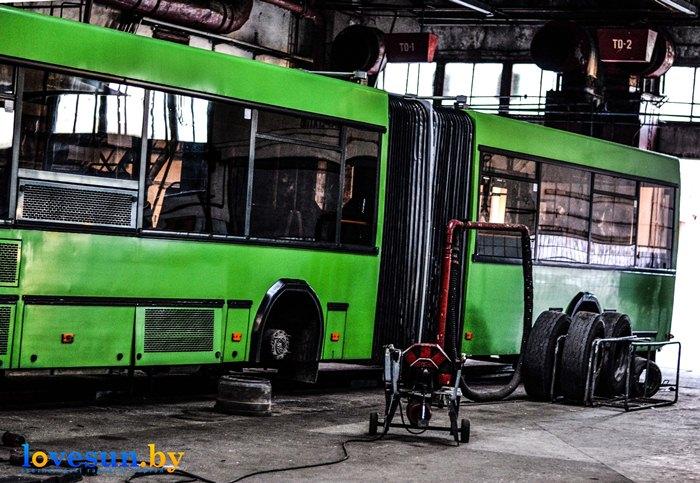 автобусный парк №5 в мастерской