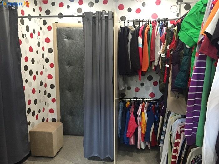 магазин одежды secon hand Бренд Микс примерочная