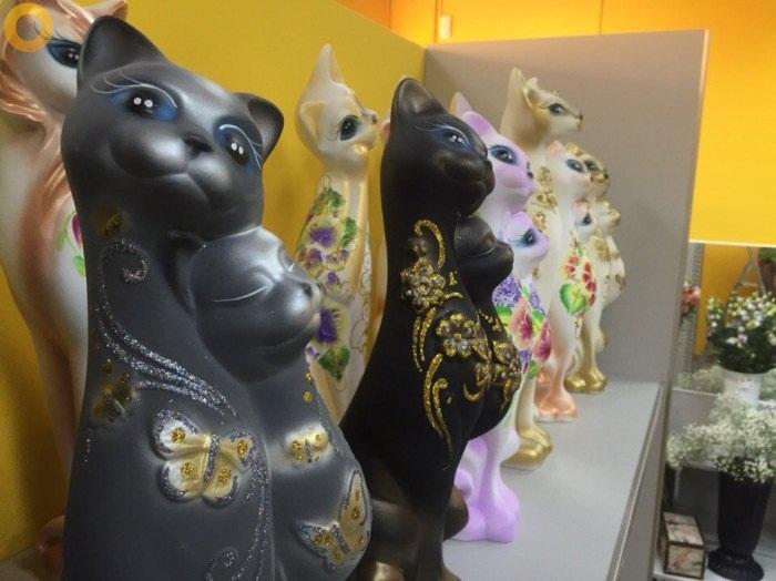 статуетки коты