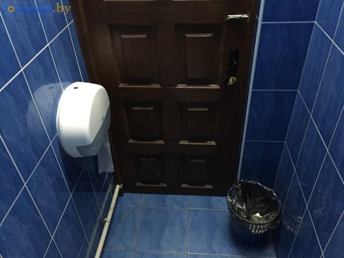 в баре бриллиант туалет