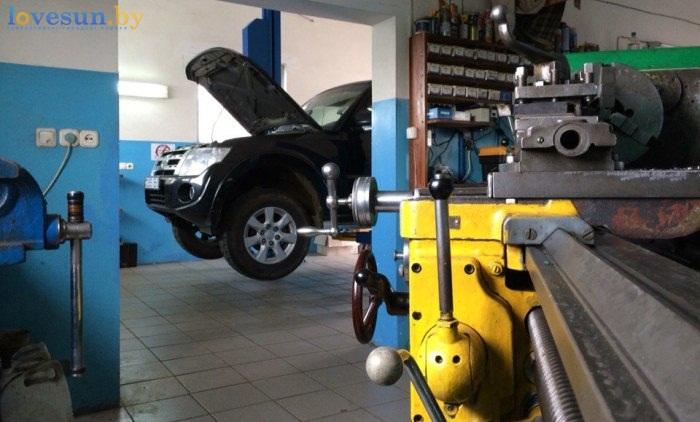 Автосервис на полевой токарный станок внедорожник паджеро