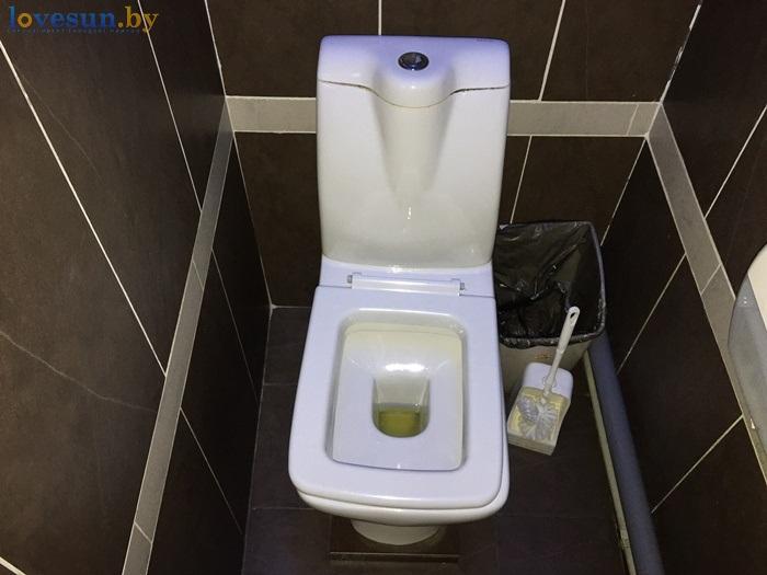 туалет унитаз в Ягуаре IMG_8616
