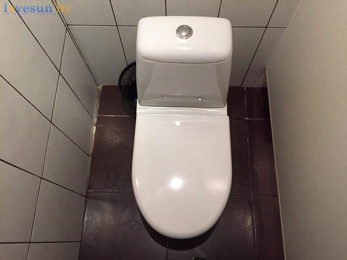 унитаз туалет ресторана Маладик IMG_8985