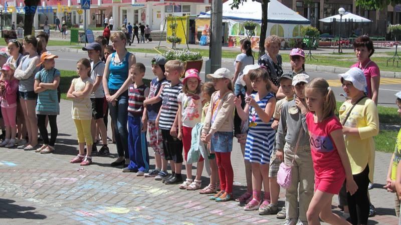 день защиты детей конкурс рисунков на асфальте (2)