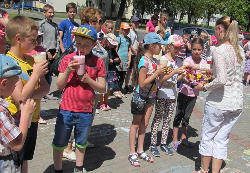 день защиты детей конкурс рисунков на асфальте (7)