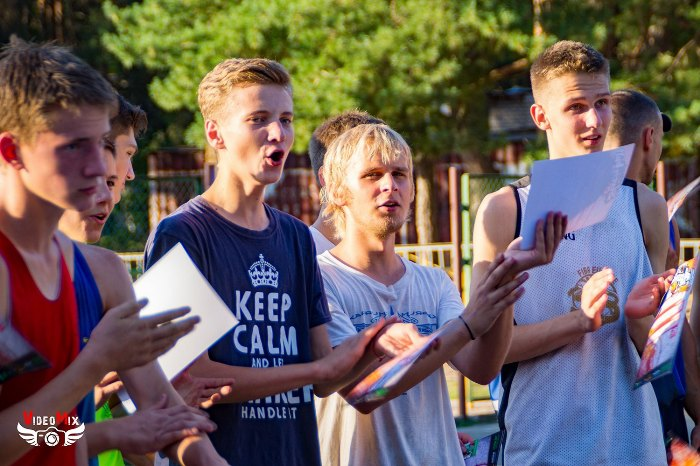 стритбол и воркаут 2016 парни болельщики