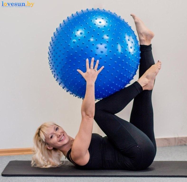 pilates-devushka-sport
