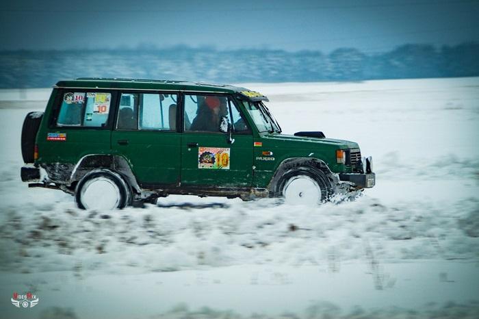 Авто горячий лёд 2017 внедорожник митсубиши