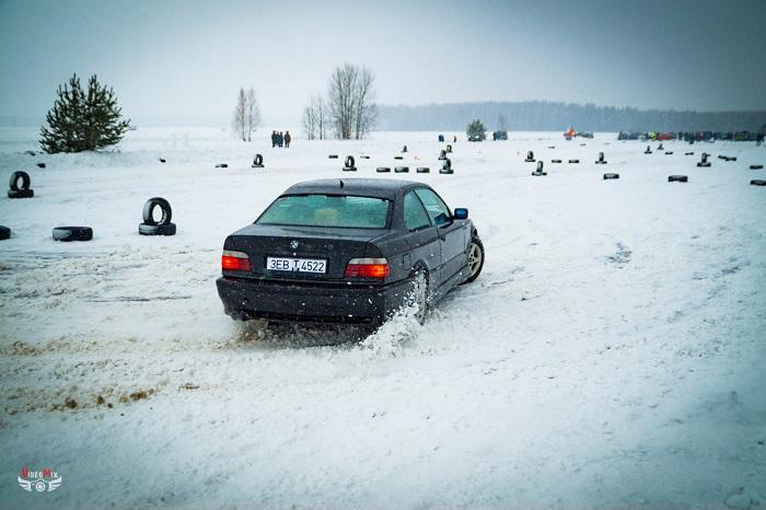 авто горячий лёд 2017 снег БМВ 3 (Е36)
