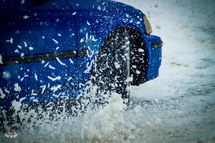 авто горячий лёд 2017 снег из под колеса управление