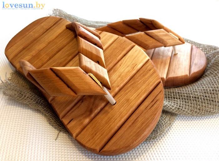 деревянные шлёпанцы для бани близко