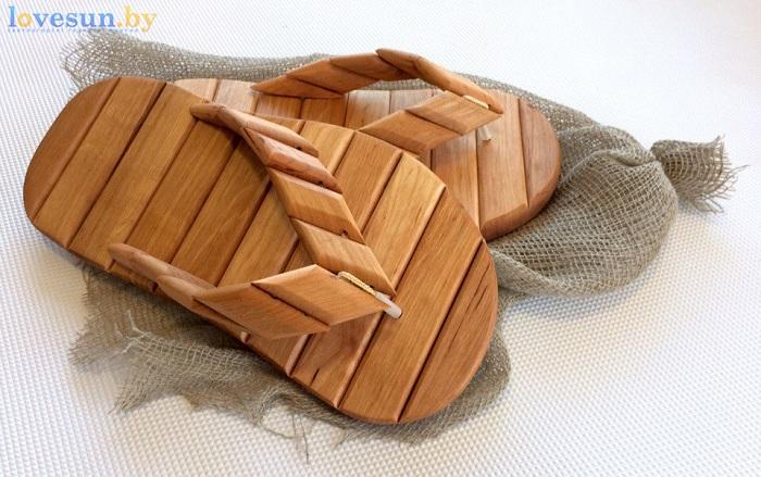 деревянные шлёпанцы для бани на упаковке