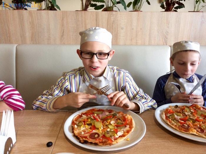 дети в пицца смайл мастер-класс 09.03.17 улыбается