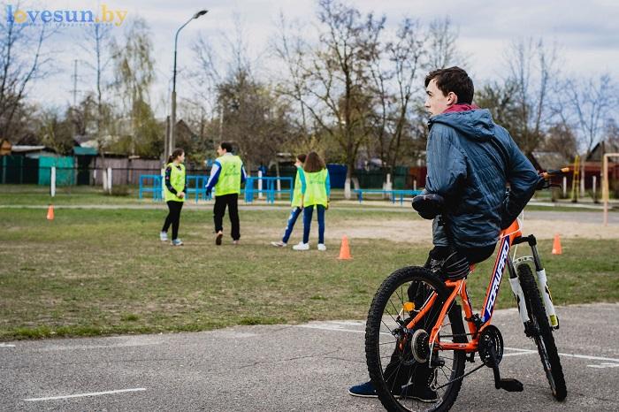 Тренировка Алтимат (Фрисби) 15.04.2017 велосипед дети