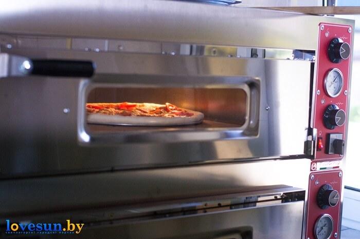 Пицца Мафия в печи
