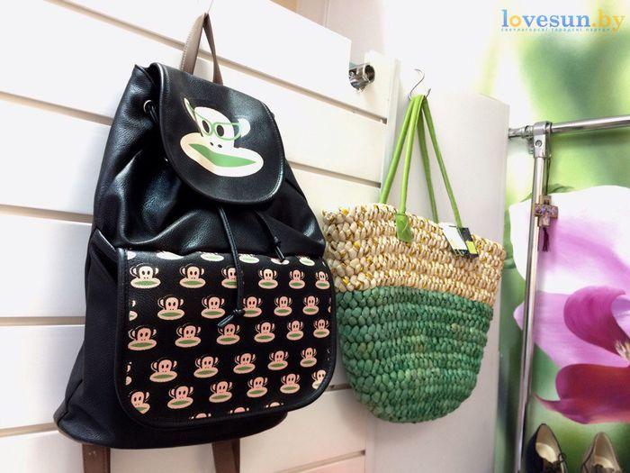 торговый центр Пассаж магазин товары сумка и рюказак женские