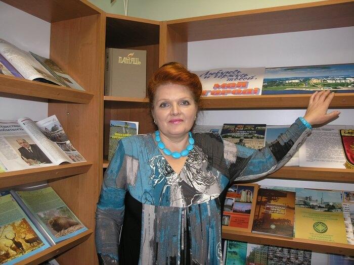 Библиотекарь Людмила Бусел представила авторский краеведческий проект Дуброва на просторах интернета