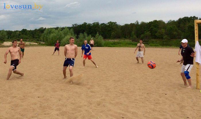День молодёжи 24.06.2017 пляж песок футбол удар
