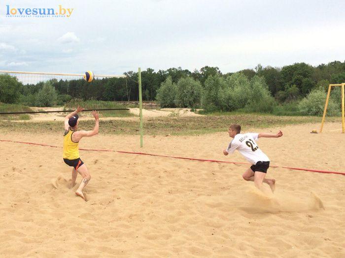 День молодёжи 24.06.2017 пляж песок волейбол навес