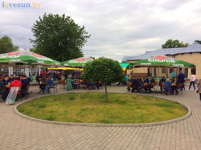 День независимости 2017 палатки бобров зонты отдых
