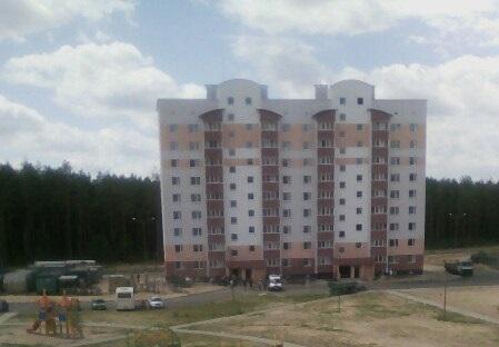 ул.Шоссейная, дом №47 скорая. человек упал в шахту лифта