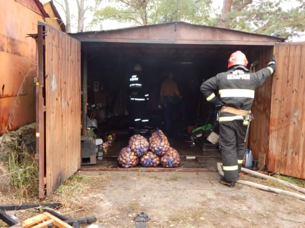 Пожар в гараже Металлист картошка