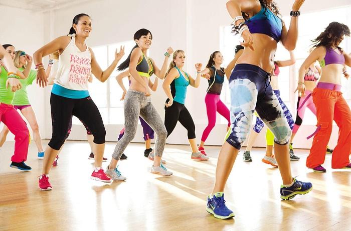 Танцевальный фитнес танцующие девушки 2