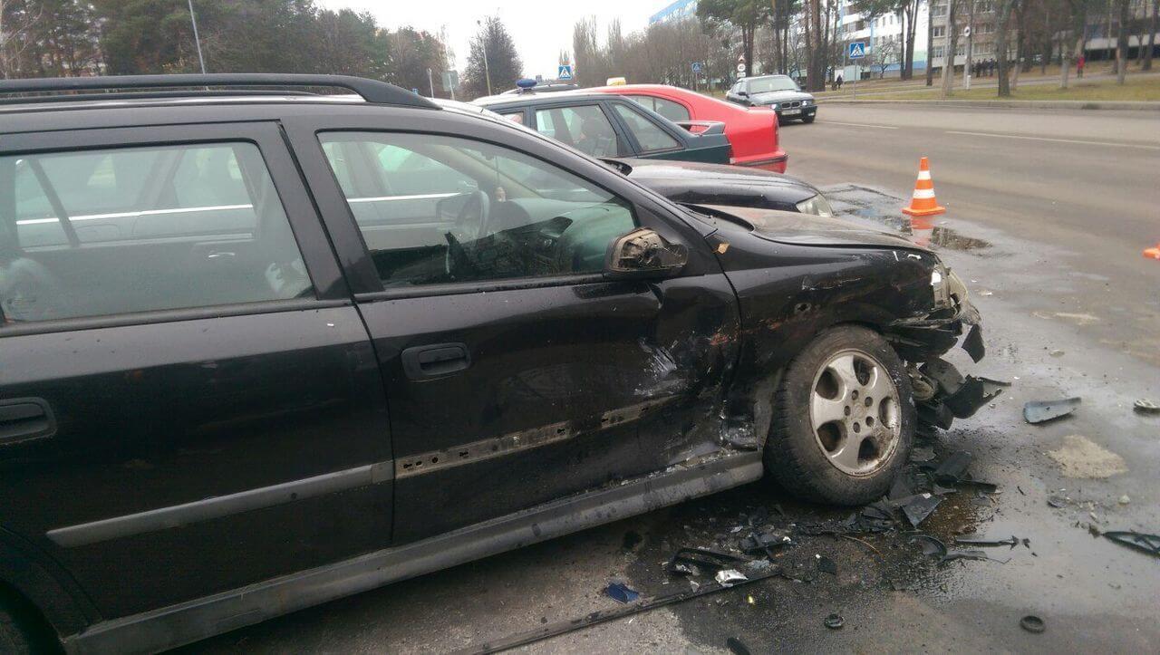 ДТП авария разбитый опель автомобиль
