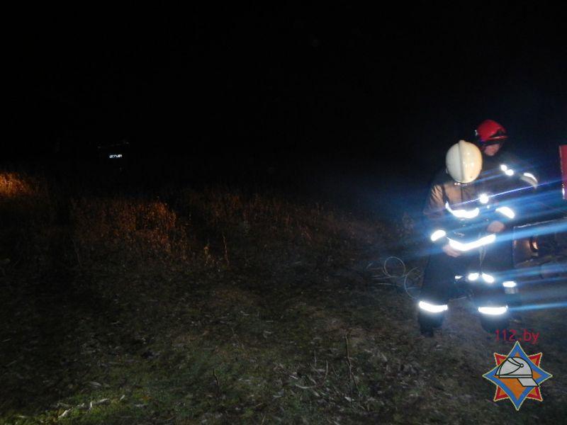 автомобиль ауди выняли из реки под речицей спасатели мчс