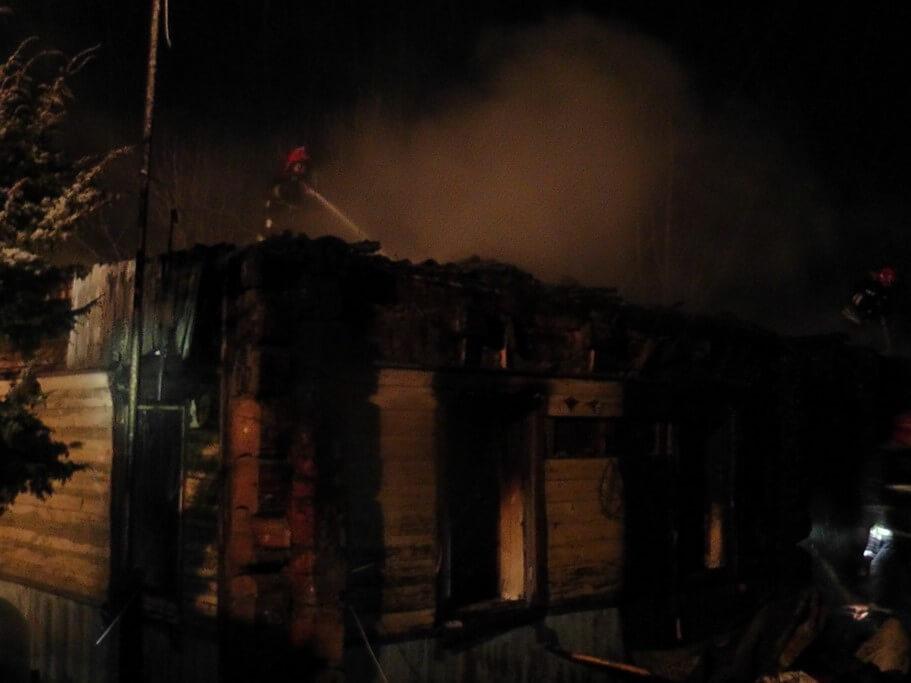 Пожар в Славани, сгорел дом 2