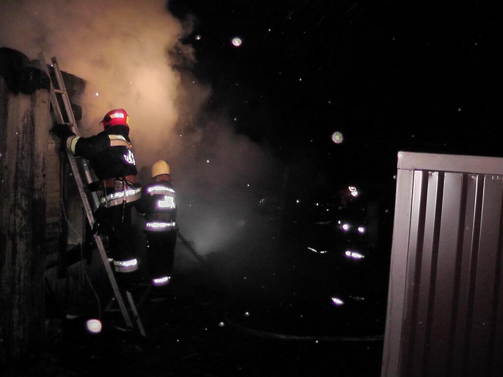 Пожар в Славани, сгорел дом