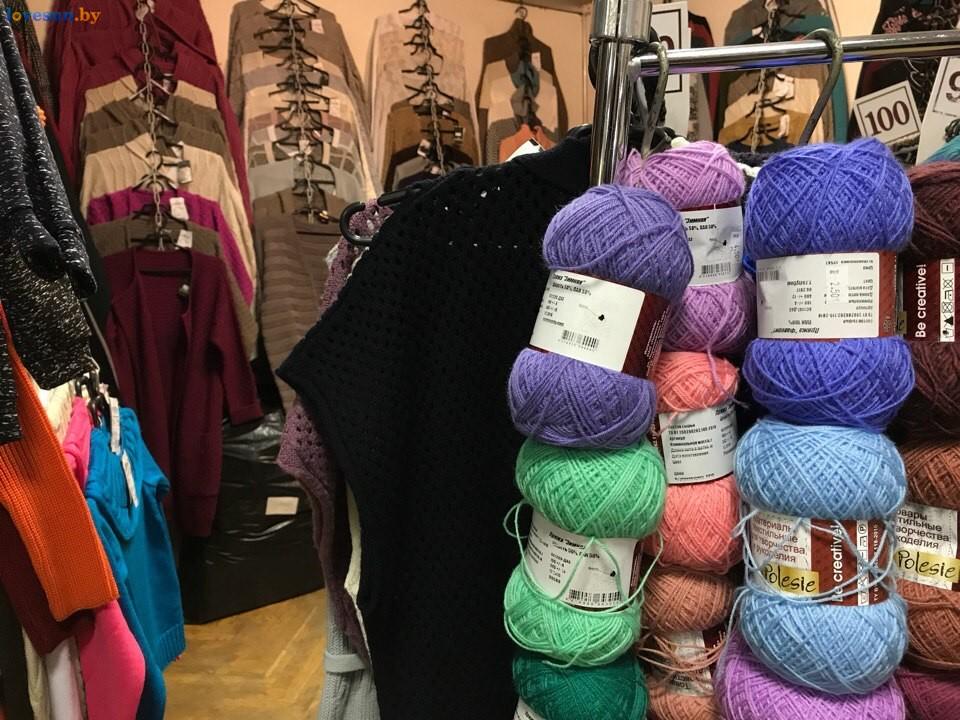 Выставка зимний ценопад в СЦК нитки и одежда