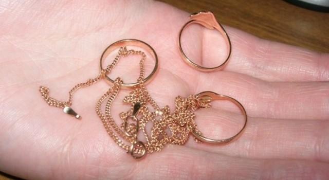 Золото, кольца, цепочки, криминал