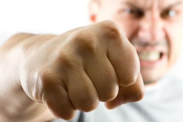 Криминал, кулак, бой, избить, убить