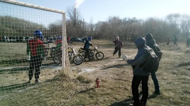 Мотобол. Светлогорск-Бобруйск 25.10.204 (2)
